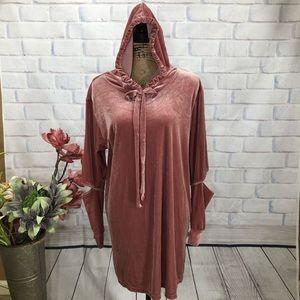 Audrey 3+1 Oversized Blush Velvet Hoodie Dress